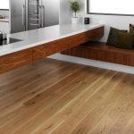 Укладка ламината на деревянный пол: можно или нет
