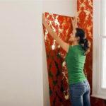 Как самостоятельно поклеить обои во время ремонта квартиры